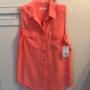 Brand new equipment silk sleeveless top